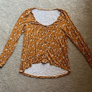 American Eagle Floral Button Top | ONLY WORN ONCE